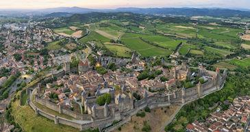 carcassonne houses rental
